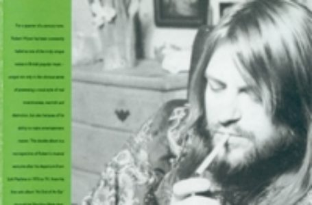 Robert Wyatt • Chronique de l'album Going Back A Bit